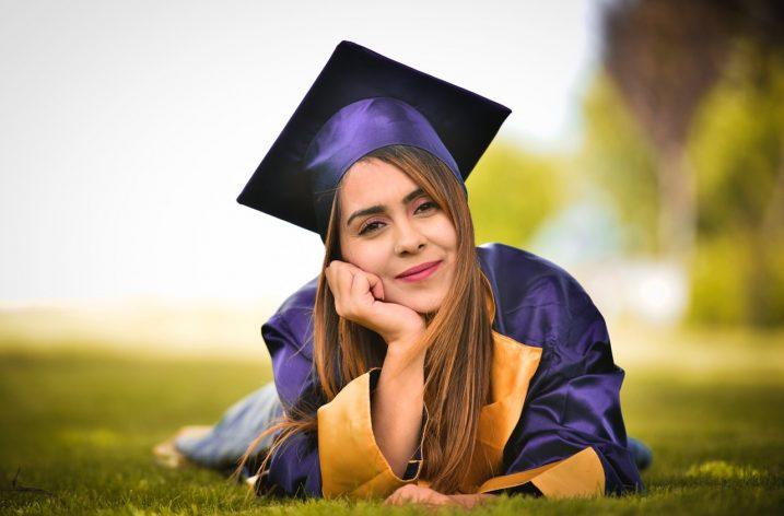 Čo musí obsahovať diplomová práca?