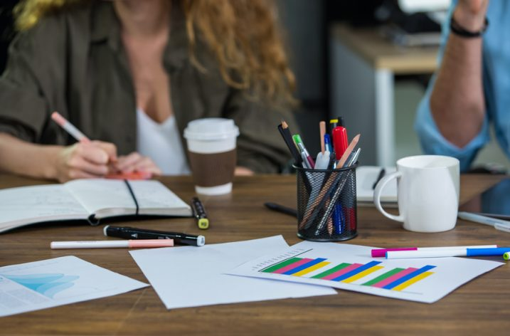 Kancelárske potreby do práce: Čo by vám nemalo chýbať?